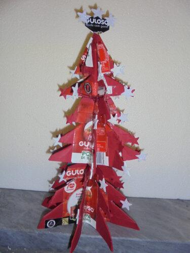 A Árvore de Natal Vermelha