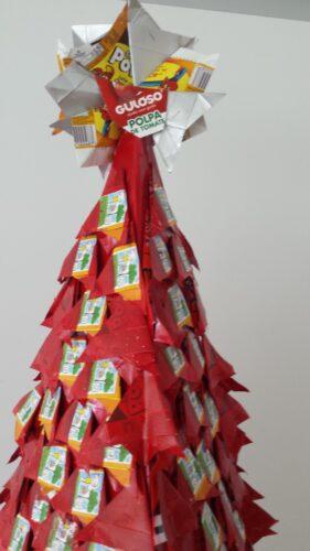 Decoração do topo da árvore.