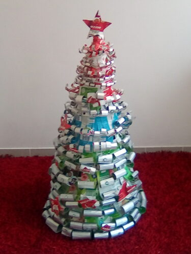 A árvore de Natal concluída