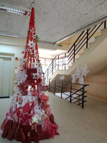 Árvore de Natal da escola Básica de Toutosa