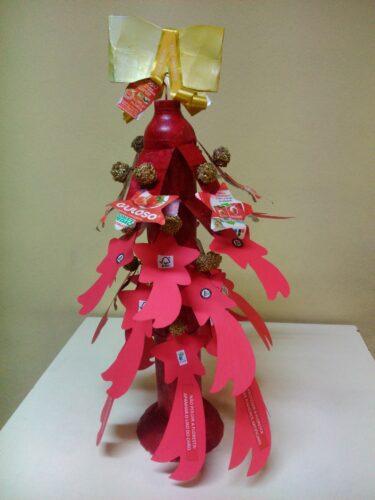 O Pinheiro de Natal concluído.