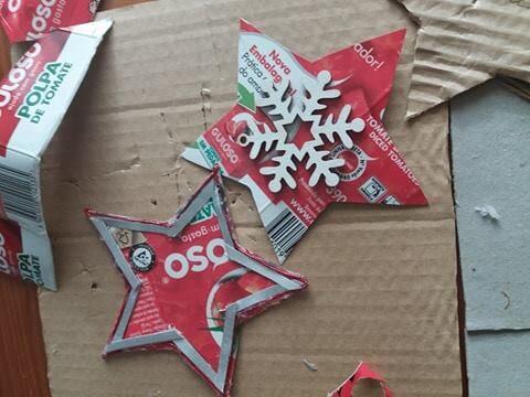 Cada aluno da escola fez a sua estrela.