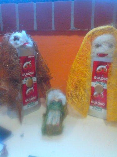 Presépio Guloso, complemento da árvore de Natal, também ela bastante gulosa.