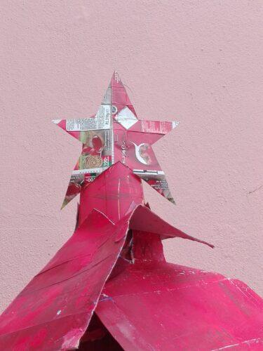 Estrela da Árvore construída com pacotes da Guloso